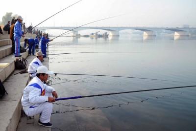 釣り大会2