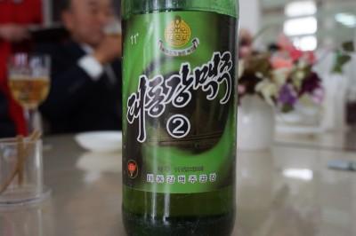 人民の愛飲率100%の大同江ビール