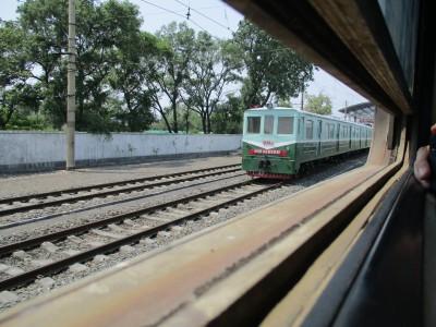 平壌発北京行きの列車とすれ違いました。