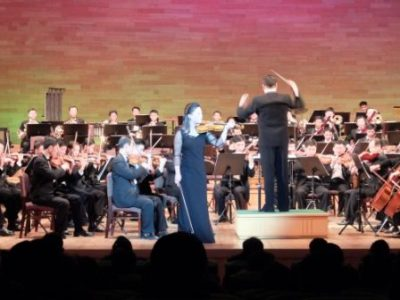 オーケストラの華麗なる演奏